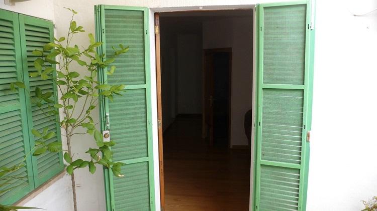 puerta jardin persianas mallorquinas